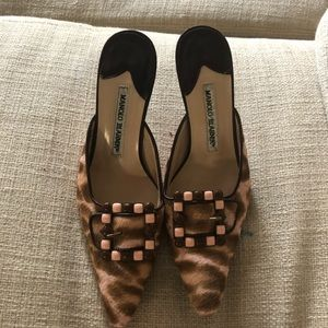 Manolo Blahnik -Wallflower pumps